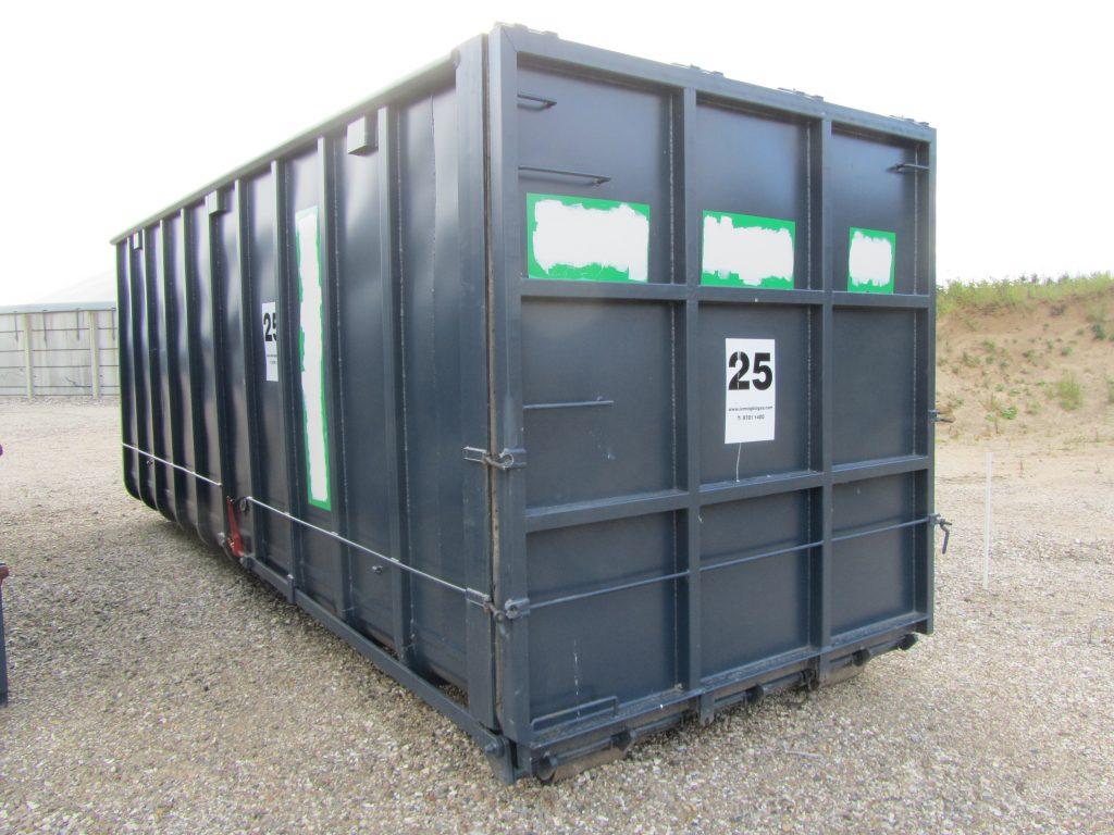 37 m3 container Vandtæt Stor tophængslet bagklap. L=676 cm., B=255 cm., H=261 cm. nr. 24-27