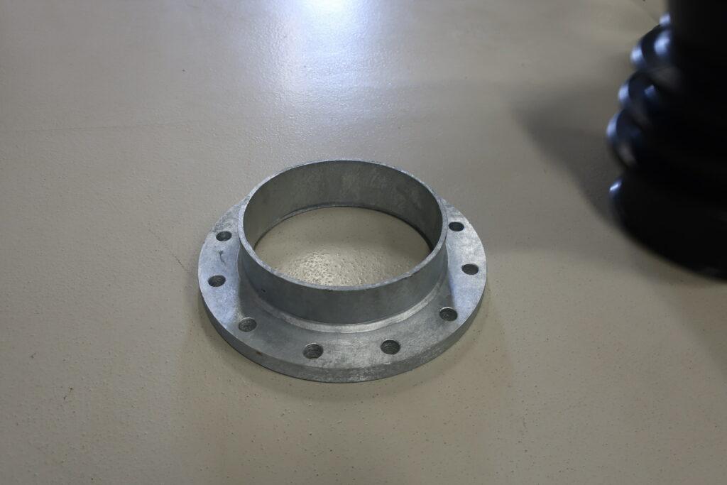 Montageflange for DN 250 elastisk sugetragt til gylle