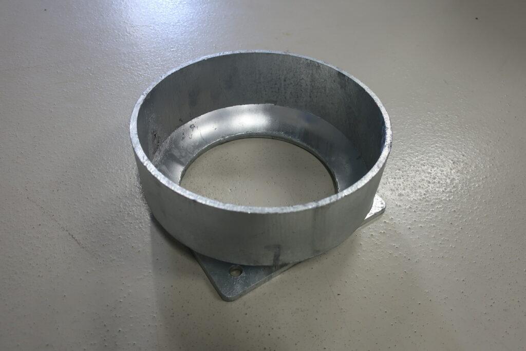 Montagefod for DN 250 elastisk sugetragt til gylle